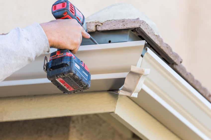 Does Your Gutter Need To Be Cleaned, Repaired, or Replaced?